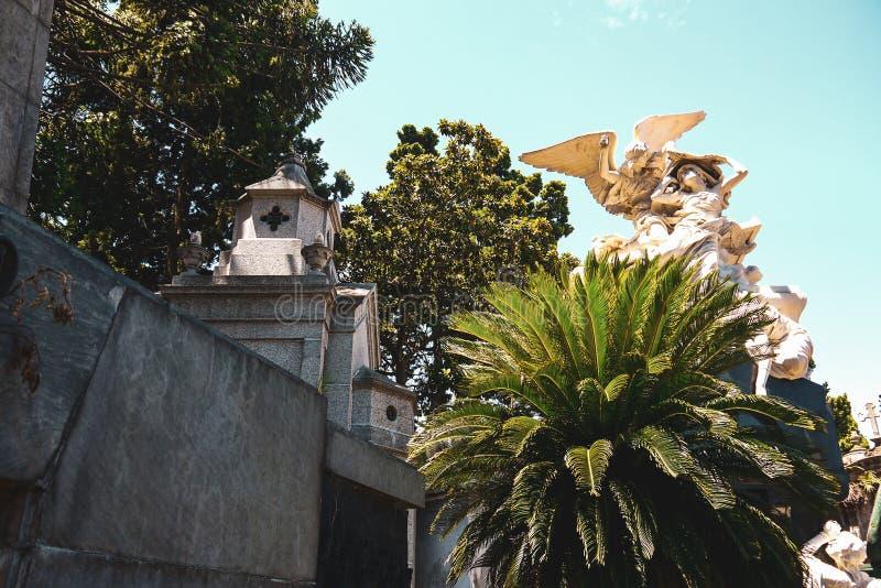 LaRecoleta kyrkog?rd i Buenos Aires royaltyfri foto