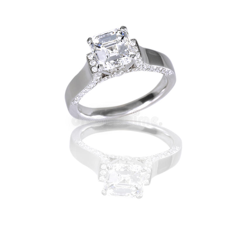 Free Large Asscher Cut Modern Diamond Engagement Wedding Ring Royalty Free Stock Photos - 37273458