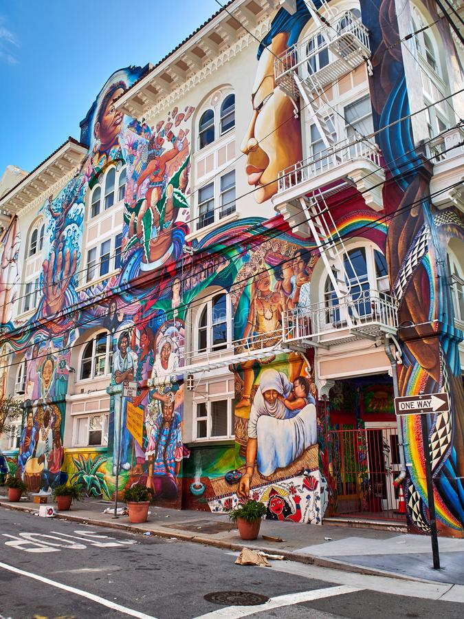 Free Large Mural Painted On A Whole Building, Mission District, San Francisco, California Stock Images - 117990414