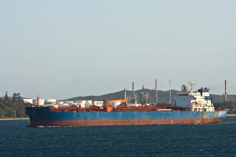Download Large Oil Tanker Under Power In Harbour. Stock Image - Image: 21906939