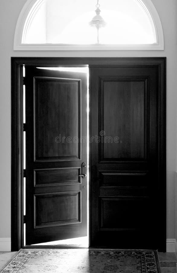 Free Large Wooden Doors Royalty Free Stock Image - 13661126