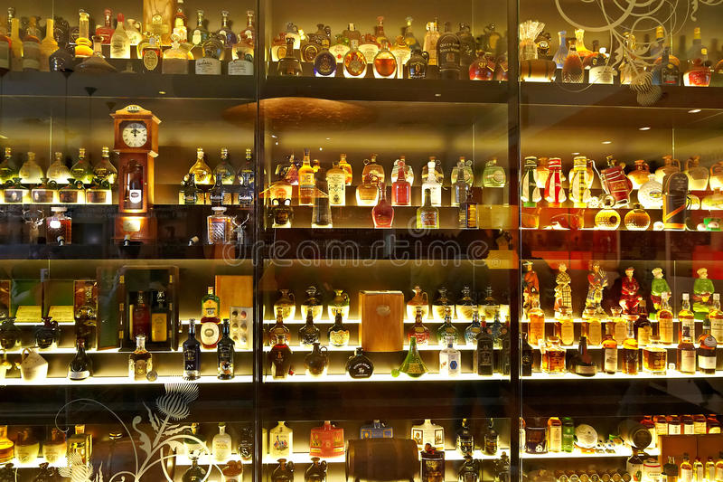 Download The Largest Scotch Whisky Collection In The World Editorial Stock Photo - Image of closeup, brand: 27589788