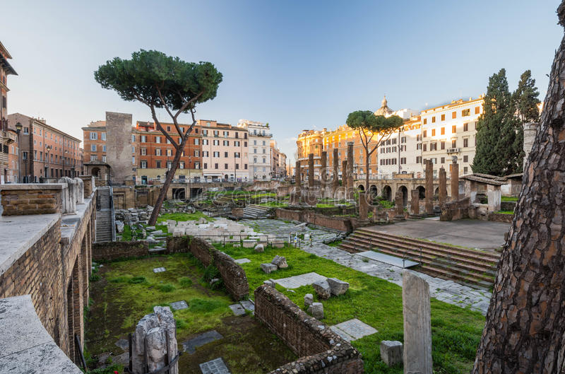 Largo Di Torre Αργεντινή στην ανατολή, Ρώμη, Ιταλία στοκ εικόνες