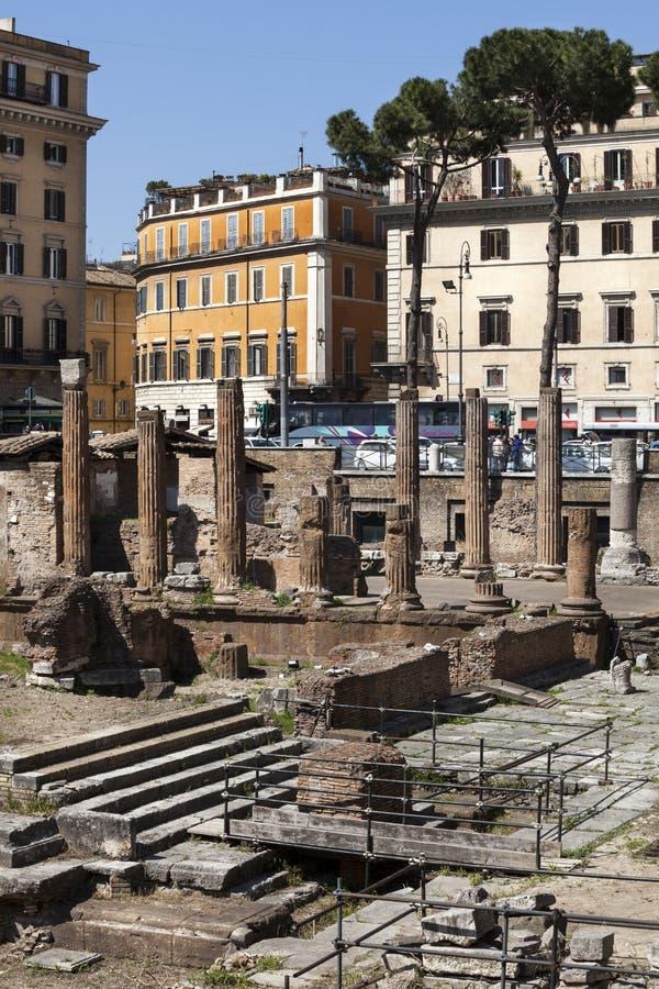 Largo di Torre Argentina fyrkant i Rome italy arkivbild