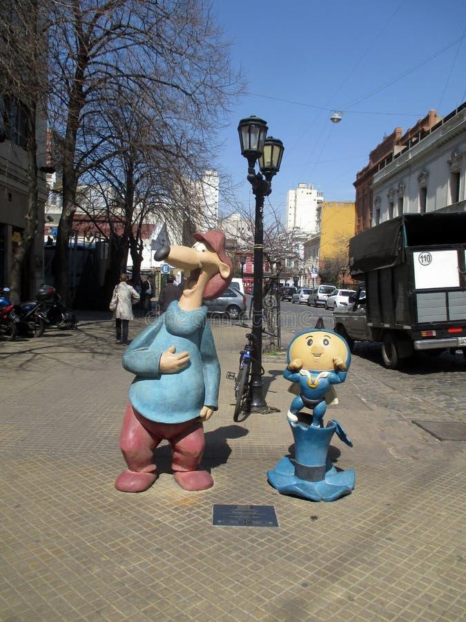 Larguirucho i Super Hijitus znać charaktery w San Telmo kreskówce Chodzimy Buenos Aires Argentyna fotografia royalty free
