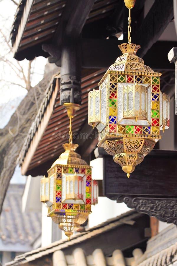 A largura da aléia em Chengdu, China, lanterna fotografia de stock royalty free
