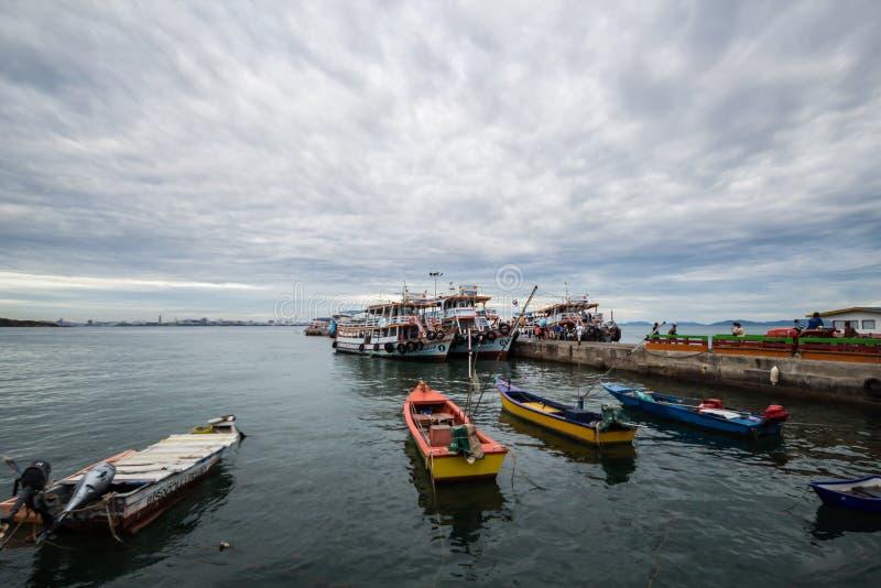 Larn海岛口岸,芭达亚泰国 免版税库存照片