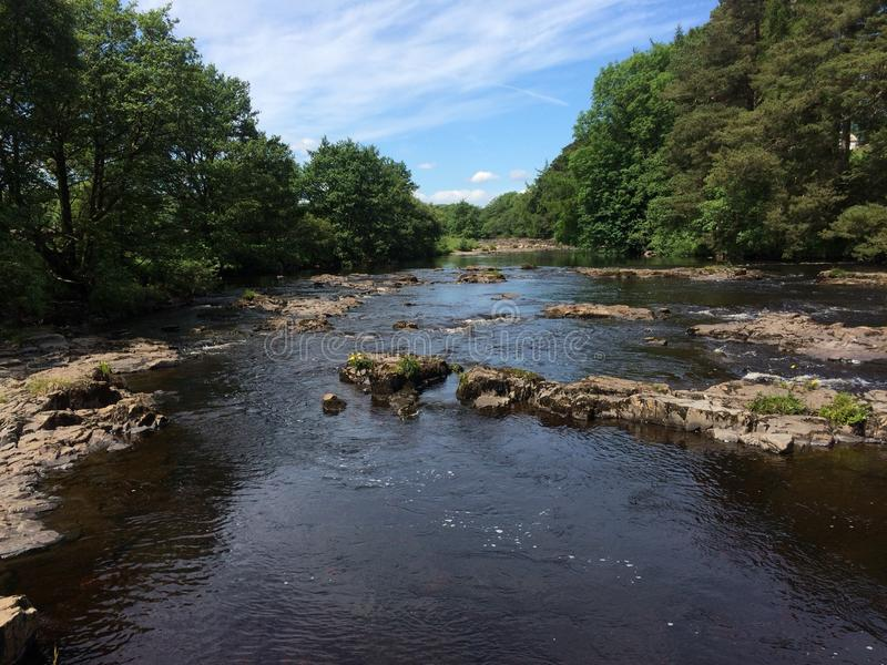 Las camisetas del río en Gainford foto de archivo libre de regalías