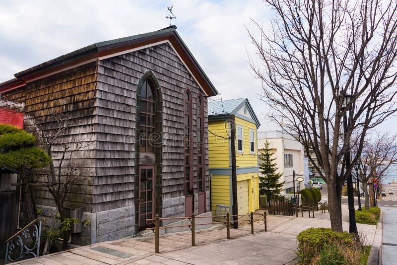 Las casas antiguas hermosas en Motomachi se inclinan, Hakodate foto de archivo