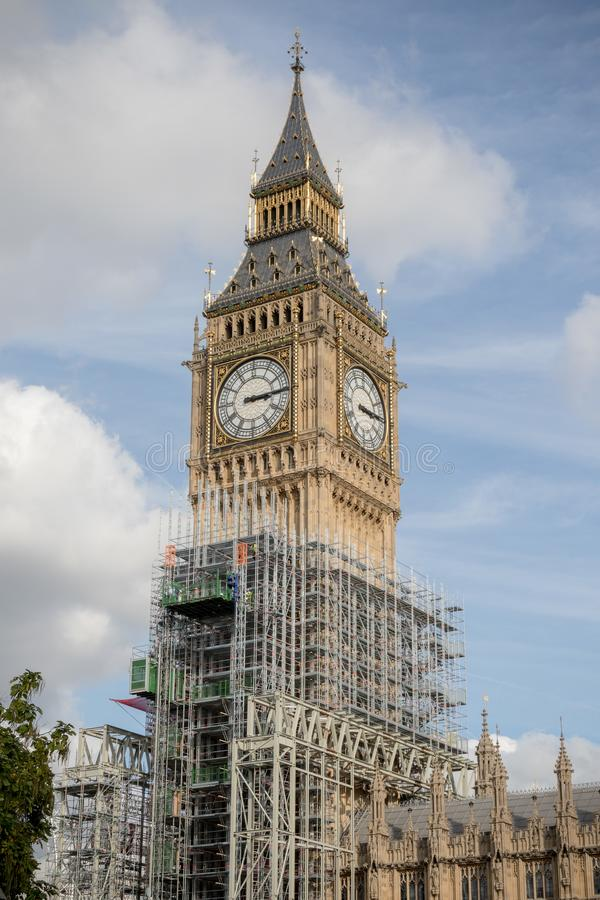 Las casas británicas del parlamento que experimentan la renovación imagen de archivo libre de regalías