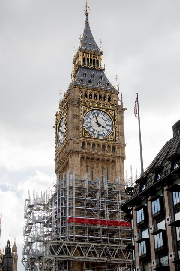 Las casas británicas del parlamento que experimentan la renovación foto de archivo libre de regalías