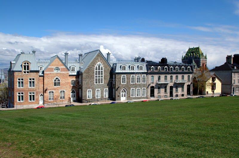 Las casas builded durante el período británico en la ciudad de Quebec imagen de archivo