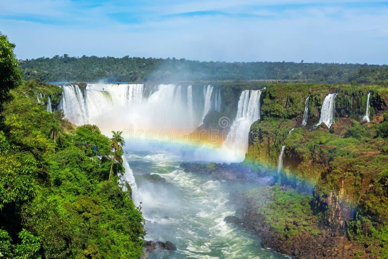 Las cataratas del Iguazú en Foz hacen Iguacu, el Brasil foto de archivo