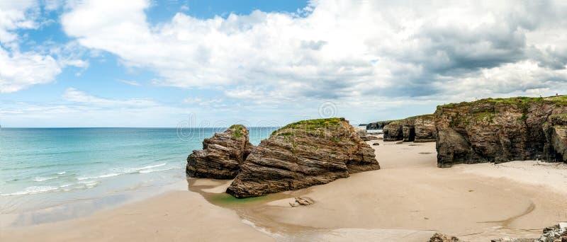 Las catedrales varan (playa de las catedrales) España Océano Atlántico imagen de archivo