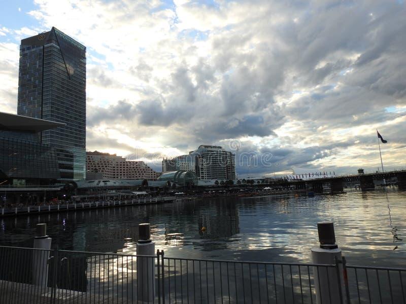 Las ciudades hermosas de Australia son Canberra y Sydney conocidas para Griffin Lake, Museo Nacional, galer?a de artes, el parlam imagen de archivo libre de regalías