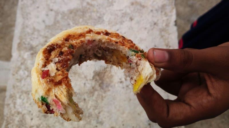 Las comidas indias de la calle se saben por todo el mundo para su gusto imagen de archivo