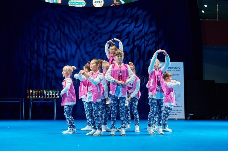 Las competencias de los niños de 'MegaDance' en coreografía, el 28 de noviembre de 2015 en Minsk, Bielorrusia imágenes de archivo libres de regalías