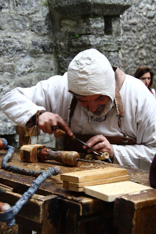 Las Edades Medias en el mercado medieval de Erba - distrito Villincino del domingo 13 de mayo de 2018 foto de archivo