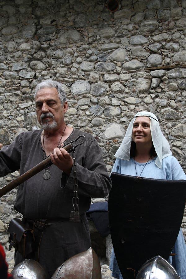 Las Edades Medias en el mercado medieval de Erba - distrito Villincino del domingo 13 de mayo de 2018 imagen de archivo
