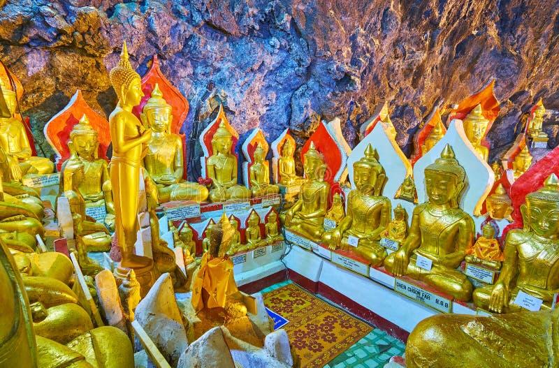 Las estatuas de Buda de la cueva de Pindaya, Myanmar fotos de archivo libres de regalías