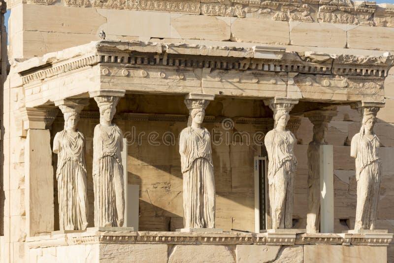 Las estatuas de los karyatides imagenes de archivo