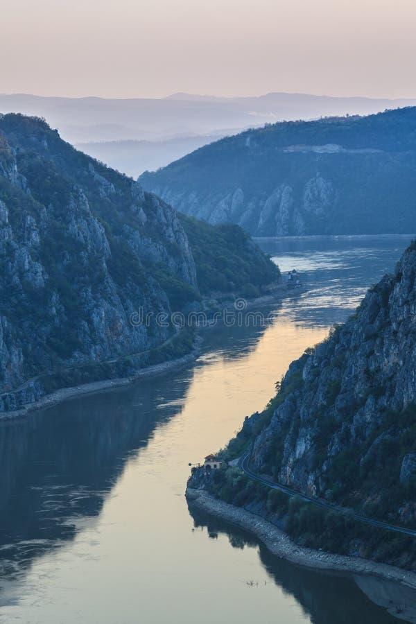 Las gargantas de Danubio, Rumania foto de archivo libre de regalías