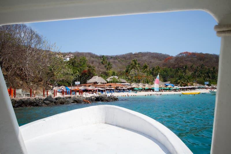 Las Gatas di Playa dalla barca. fotografie stock libere da diritti