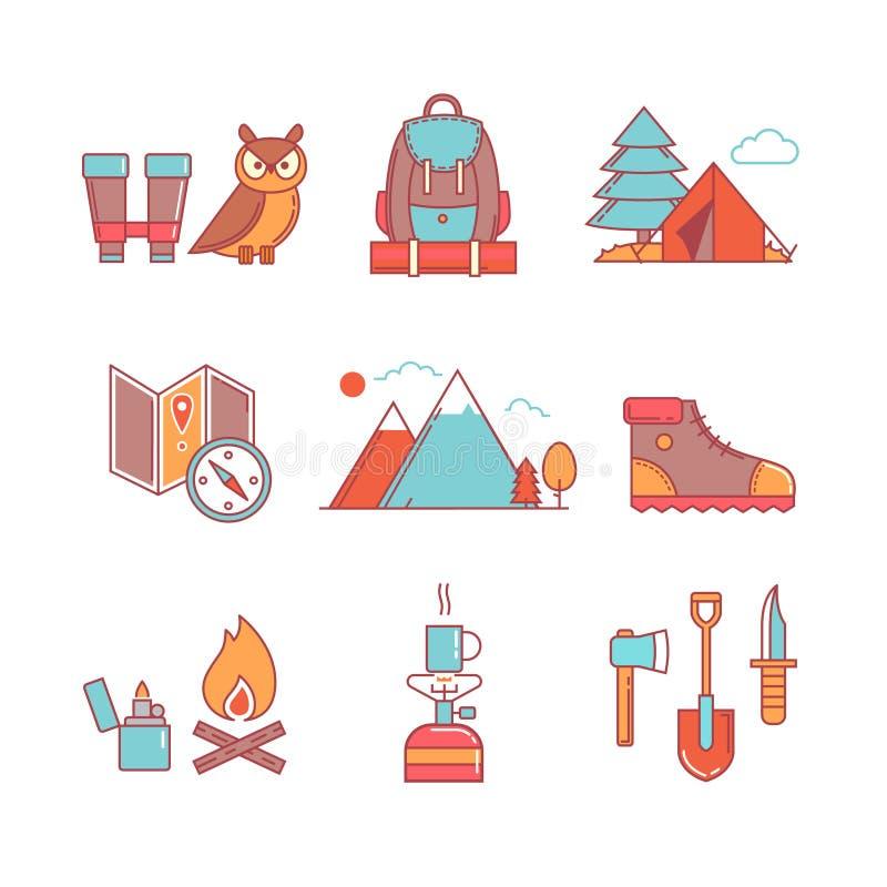 Las i góry wycieczkuje cienkie kreskowe ikony ustawiać ilustracji