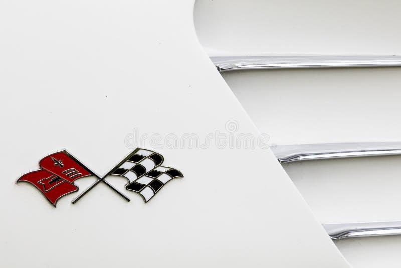 Las insignias convertibles del coche 1959 de Chevrolet Corvette echan a un lado fotografía de archivo libre de regalías