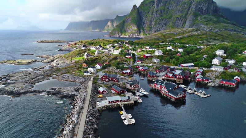 Las islas de Lofoten son un archipiélago en el condado de Nordland, Noruega imagen de archivo