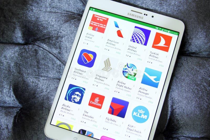 Las líneas aéreas o los logotipos de los apps de las vías aéreas en Google juegan fotos de archivo