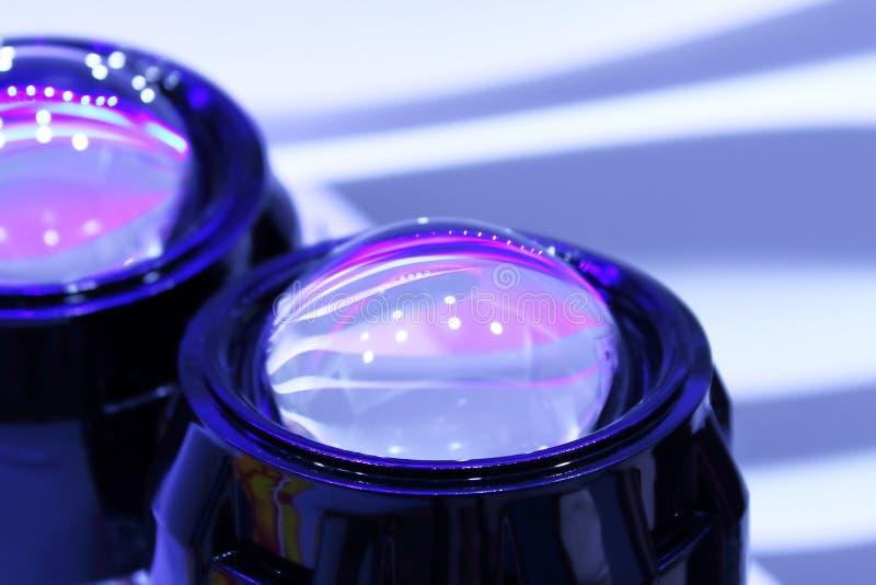 Las lentes que el xenón llevó las linternas se cierran para arriba fotos de archivo