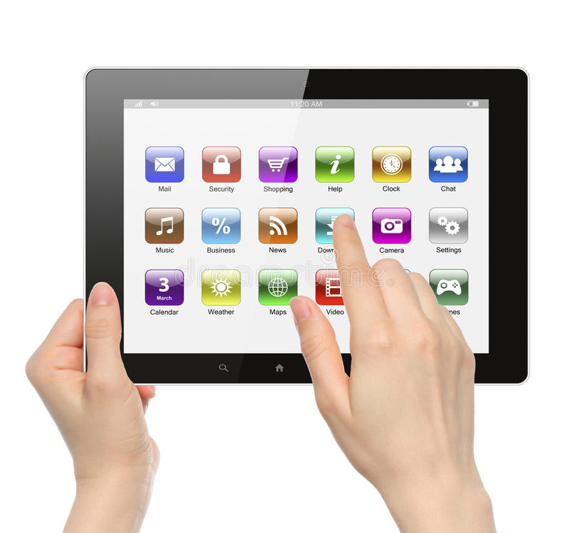 Las manos de la mujer llevan a cabo y tocan el icono en la tableta imagen de archivo libre de regalías