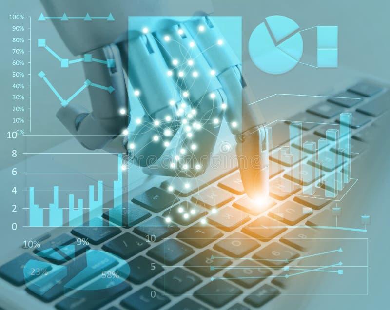 Las manos y los fingeres del robot señalan a la inteligencia artificial robótica del botón del ordenador portátil del chatbot dig fotografía de archivo