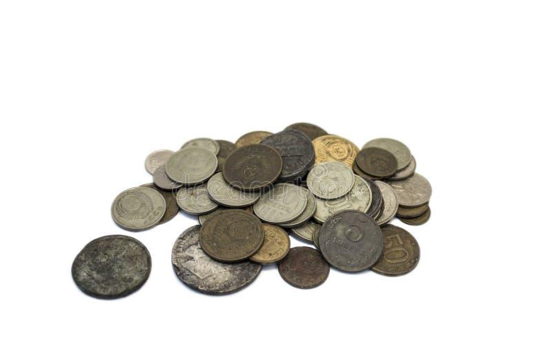Las monedas rusas viejas en un fondo blanco fotos de archivo libres de regalías
