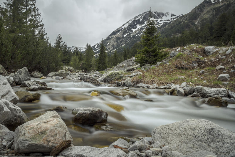 Las montañas de Pirin fotografía de archivo libre de regalías