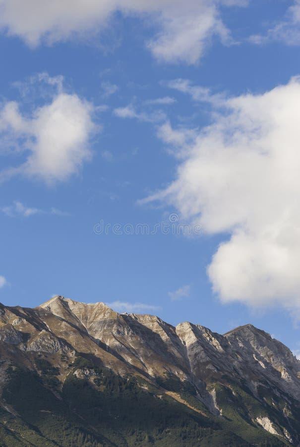 Las montañas en las montañas austríacas fotografía de archivo libre de regalías
