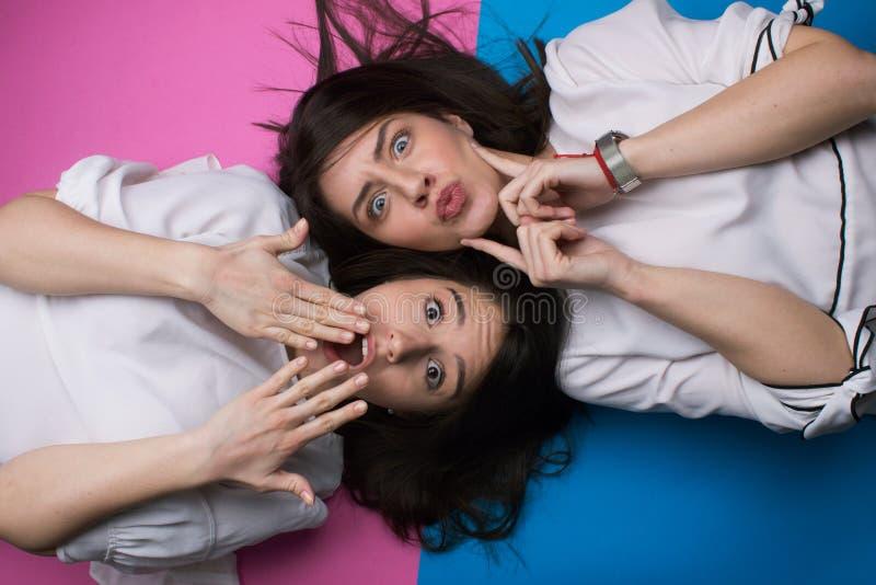 Las muchachas se divierten foto de archivo libre de regalías