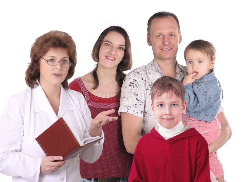 Las mujeres se cuidan y familia feliz fotos de archivo