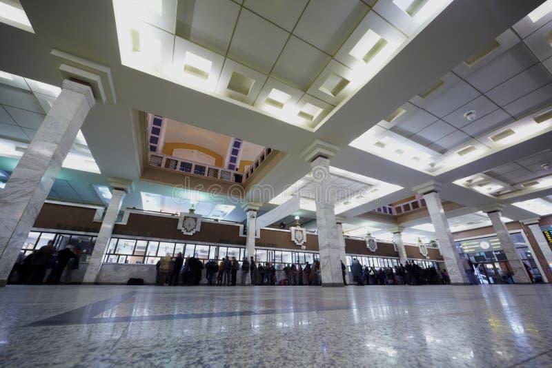Las oficinas de boleto en Kazansky cercan la terminal con barandilla foto de archivo libre de regalías