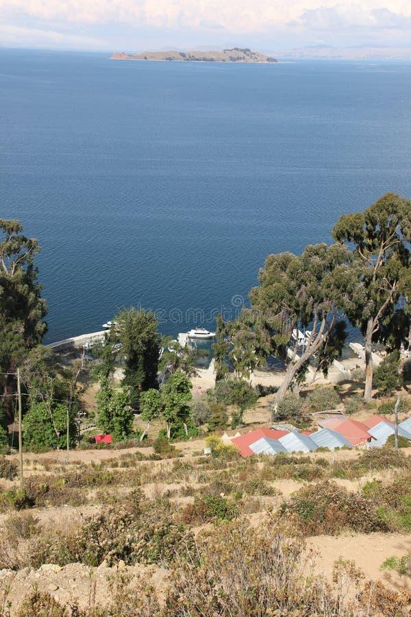 Las orillas de Isla del Sol imagen de archivo libre de regalías