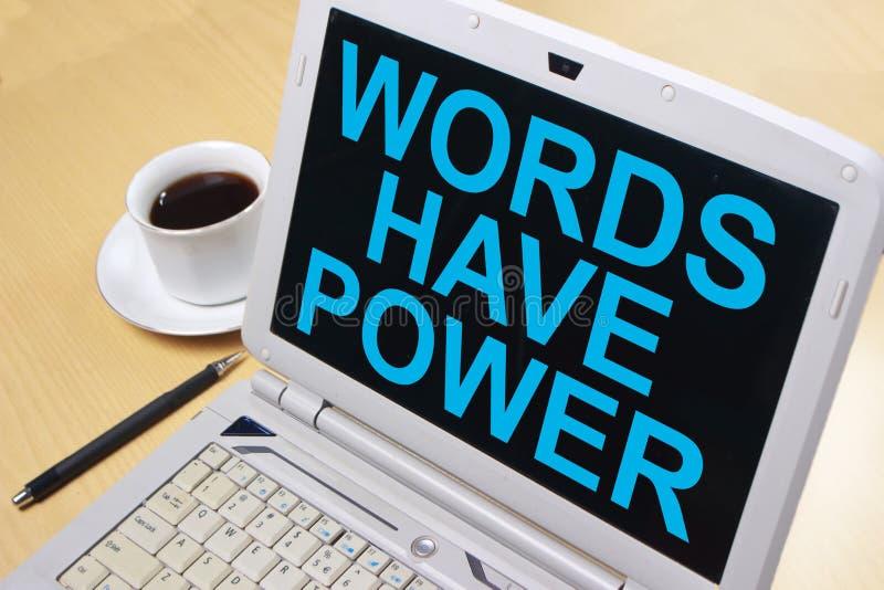 Las palabras tienen poder, concepto de motivaci?n de las citas de las palabras fotos de archivo libres de regalías