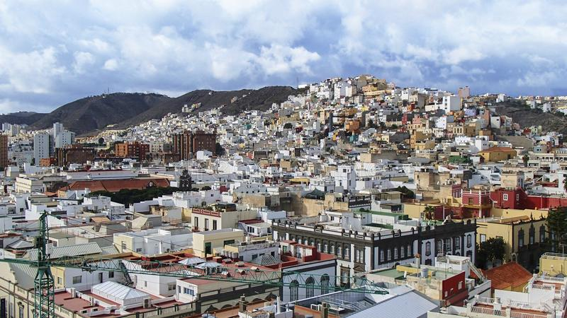 Las Palmas con le suoi case e colori tipici immagini stock