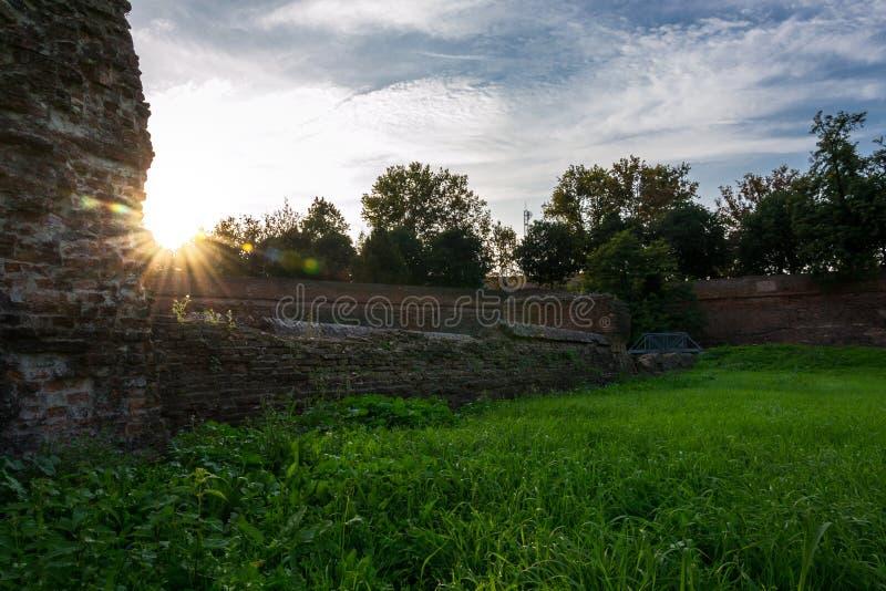 Las paredes de Ferrara foto de archivo