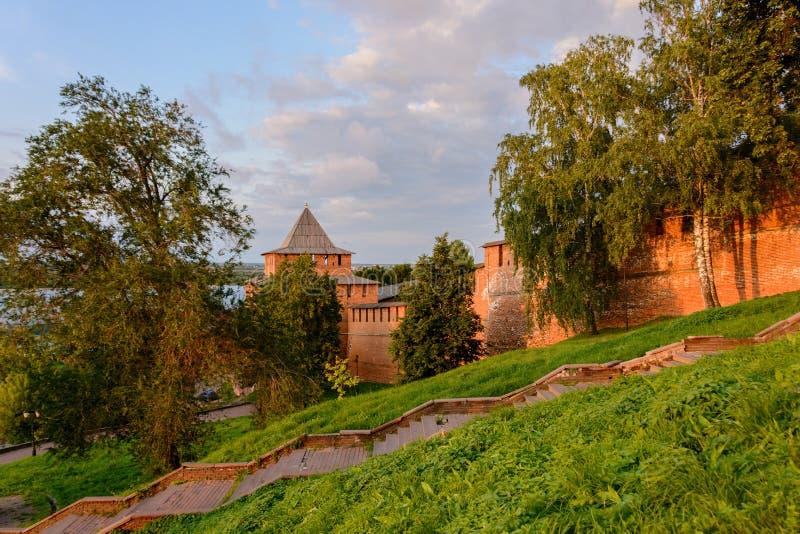 Las paredes del Nizhny Novgorod el Kremlin, Rusia imágenes de archivo libres de regalías