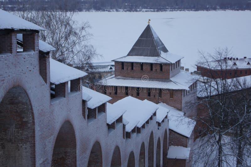 Las paredes del Nizhny Novgorod el Kremlin, Rusia foto de archivo libre de regalías