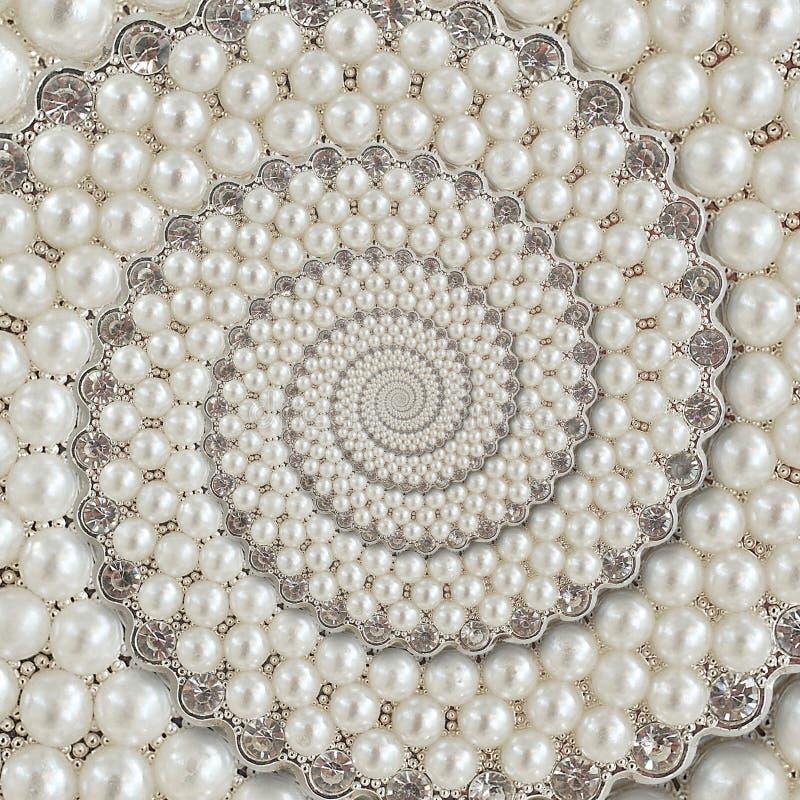 Las perlas y las joyas de los diamantes resumen fractal espiral del modelo del fondo Gotea el fondo, modelo repetidor Backg abstr imágenes de archivo libres de regalías