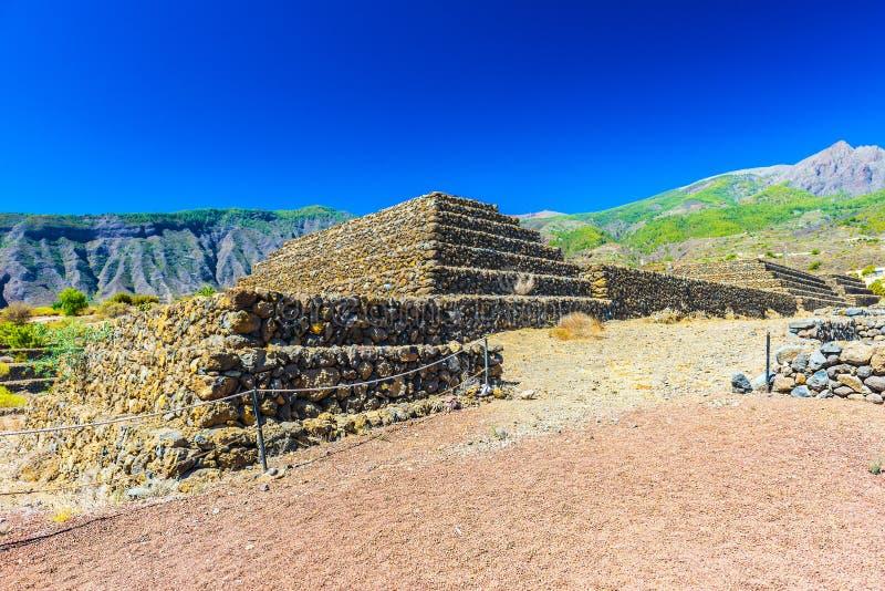 Las pirámides foto de archivo