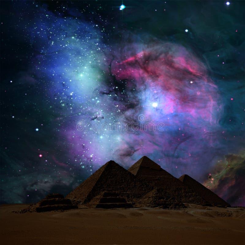 Las pirámides en noche stock de ilustración