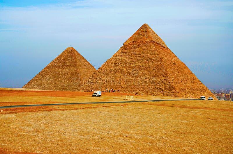 Las pirámides, es el más viejo de las siete maravillas del mundo antiguo y el único sigue siendo en gran parte intacto fotografía de archivo libre de regalías